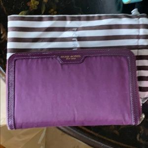 Handbags - Henri bendel wallet